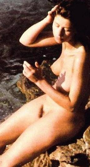 стефания сандрелли фото голая